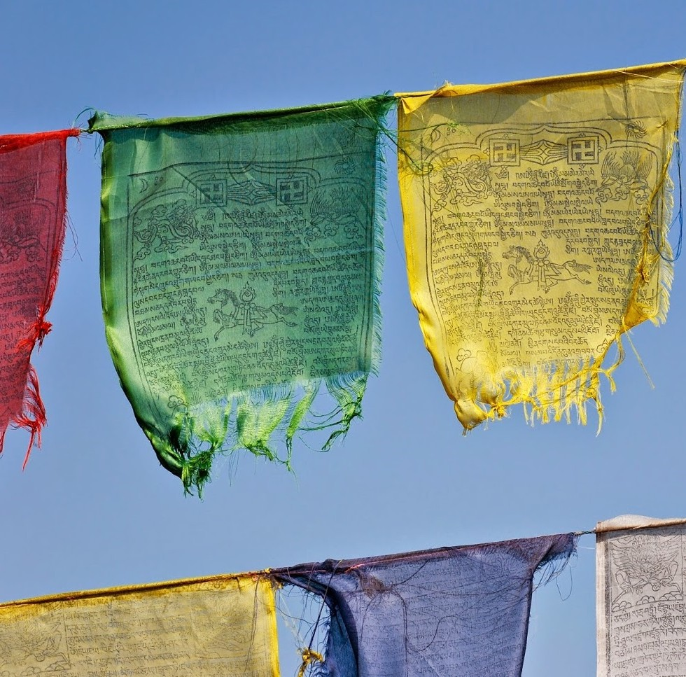 Buddhist_prayer_flags2